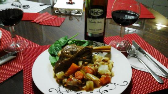 The Good Life B&B: Kitchenette equipped to cook braised lamb shanks
