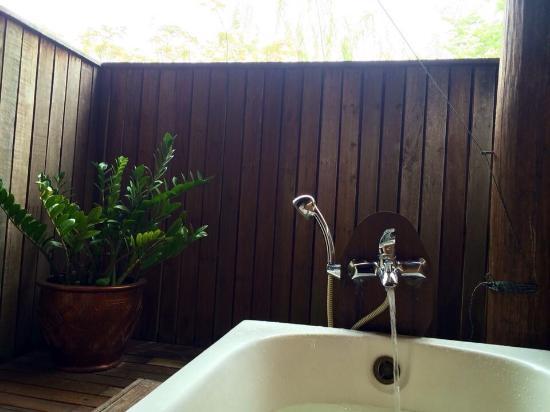Gardenia Resort and Spa: Relaxing bath.