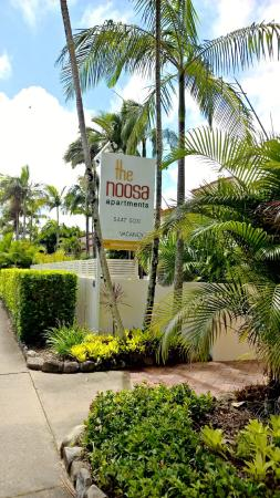 The Noosa Apartments: Entrance