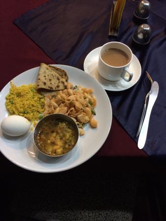 Hotel Suncourt Corporate: Breakfast