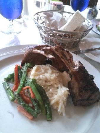 Belmont Restaurant & Saloon: Belmont Rack of Lamb