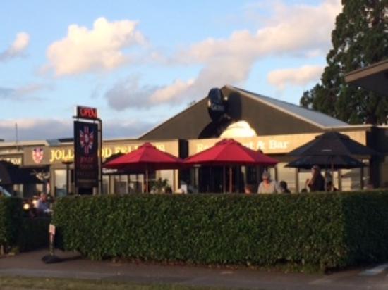 Jolly Good Fellows Restaurant And Bar
