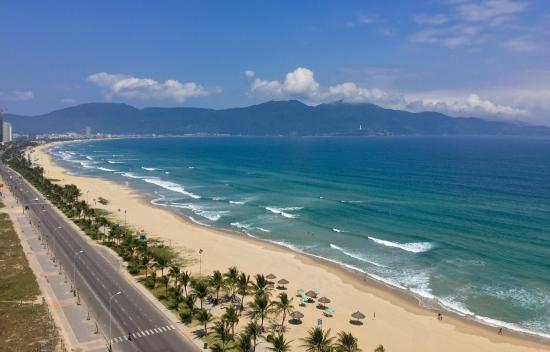 My Khe Beach Picture Of My Khe Beach Da Nang Tripadvisor