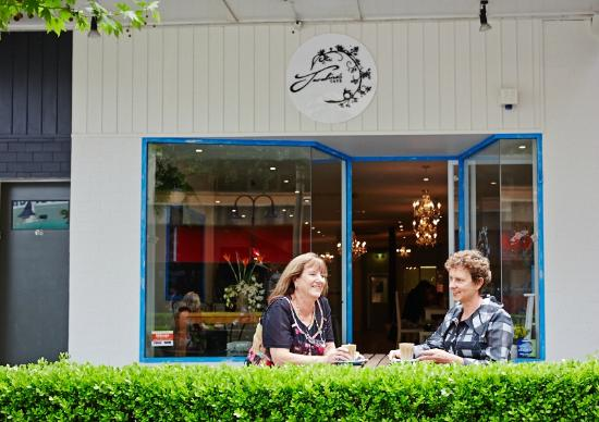 Wagga Wagga Visitor Information Centre: Cafes