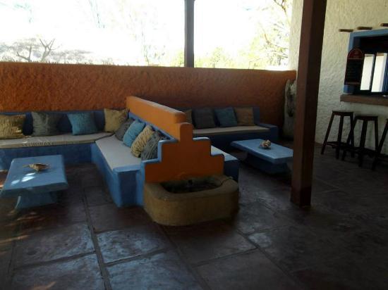 Sakalava Lodge: L'espace détente du restaurant