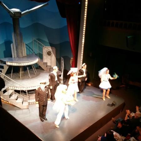 Oregon Cabaret Theatre: Dames at Sea
