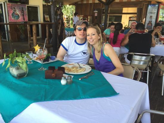 Claudio y Gloria: Quesadillas on the patio