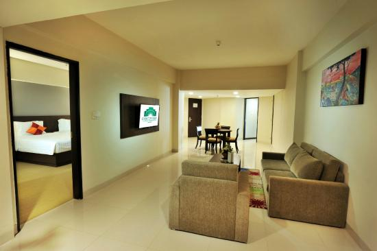 Grand Premier Suite Picture Of Discovery Ancol Jakarta Tripadvisor