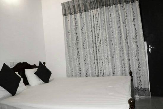 Prasanna Village Inn: Deulxe double room