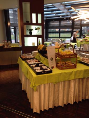 UNA Hotel Modena: Sala colazione