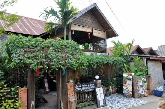 จำปา ลาว เดอะ วิลล่า: Champa Lao the villa