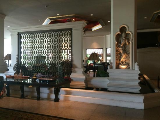 Chiang Mai Plaza Hotel: Отель