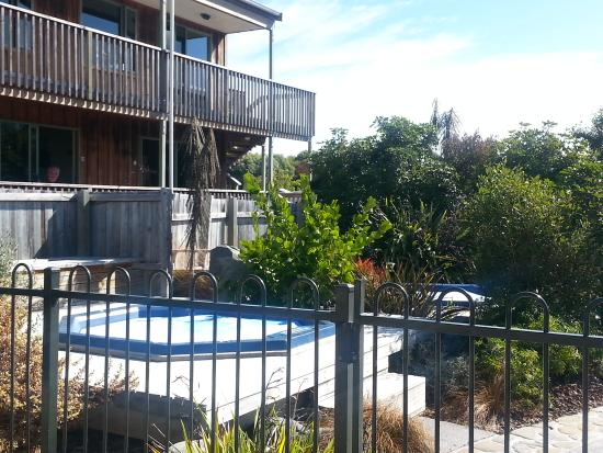 Alpine-Pacific Holiday Park: pool