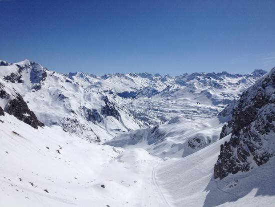 Arlberg Hospiz Hotel: Traumhaftes Skigebiet