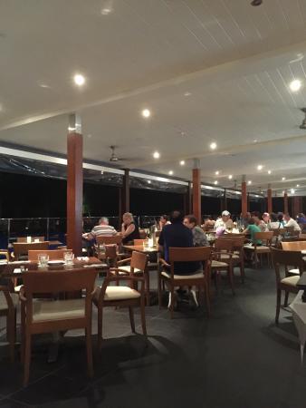 Pool Terrace Restaurant: Inside