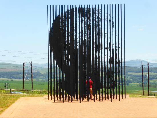 Glen Afton Country House: At the Nelson Mandela capture site and museum.