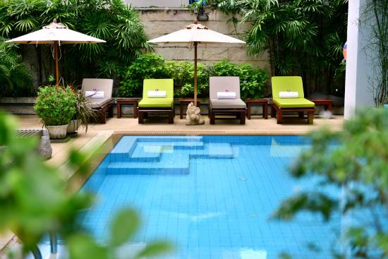 St. James Hotel: Swimming Pool