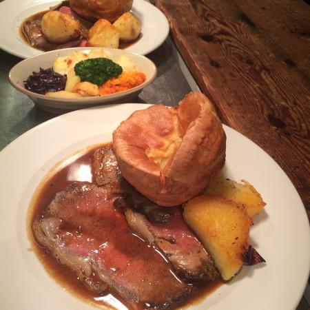 Perfect Roast Beef! - Bild von La Fourchette, Hove - TripAdvisor
