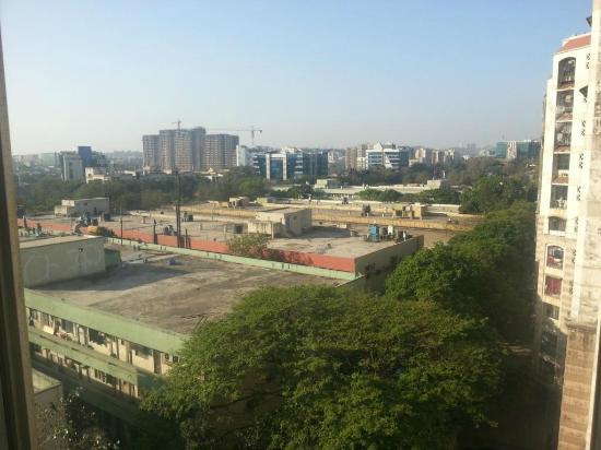 FabHotel Savoy Suites Mumbai Airport : view from 5th floor corner room