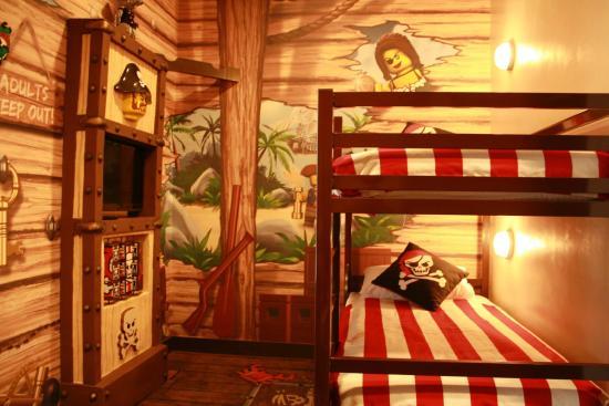 Legoland Pirate Room - Picture of Legoland Malaysia Resort ...
