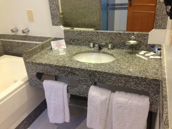 Imperial Hotel: Banheiro