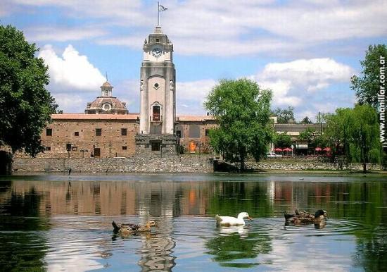 Alta Gracia, Argentinië: Patos en el tajamar