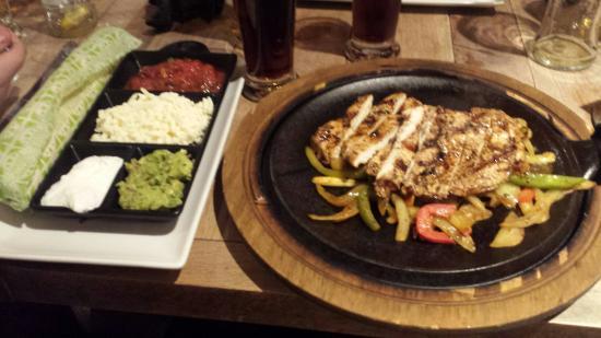 Chiquito - Hull - Kingston: Chicken Fajitas!