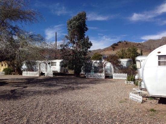 Shady Dell RV Park: Part of the compound
