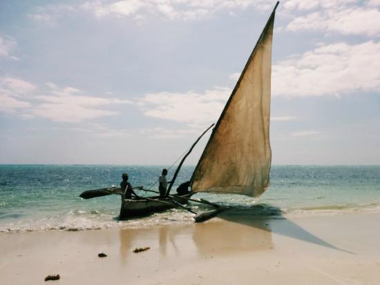 Zanzibar Retreat Hotel: Fisherman's boat ride!