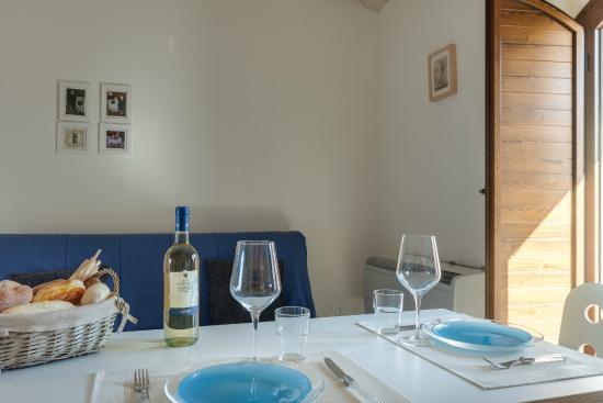 Sala da pranzo dining room picture of la vecchia for Sala pranzo vecchia