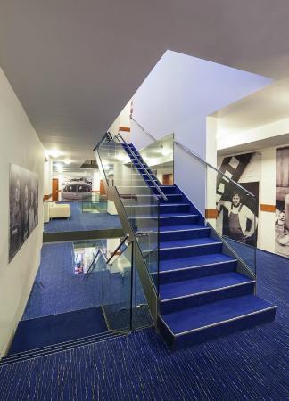 Academic Hotel & Congress Centre: Hotelová hala