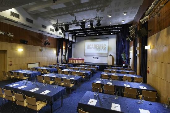 Academic Hotel & Congress Centre: Konferenční sál