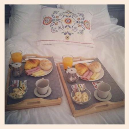 Oporto Cosy: Desayuno en cama