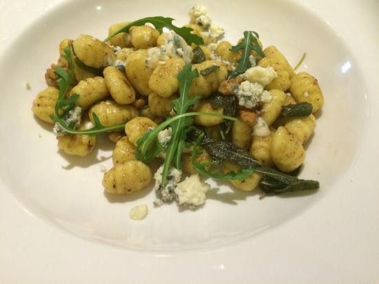 Sahara Café Lounge & Restaurant : Gnocchi noci e gorgonzola.