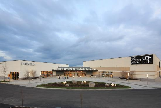 Fashion outlet niagara usa 31