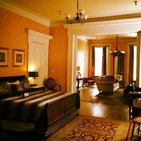 Linden Row Inn : King Parlour Suite