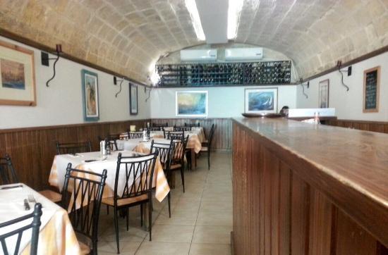 Crianza Restaurant