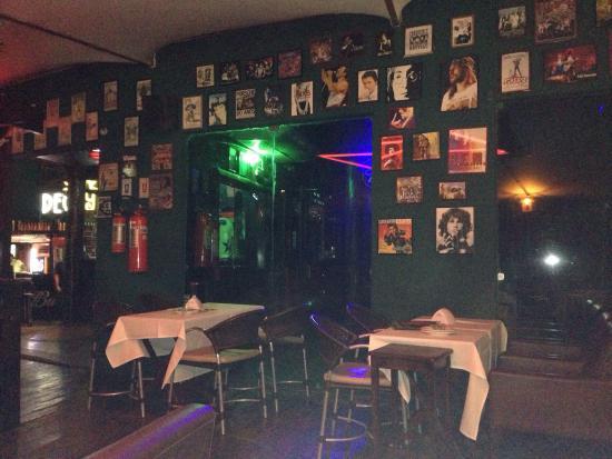 Decky Bar : Terraza