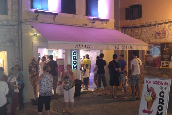 Ka Grom Ice Cream Shop