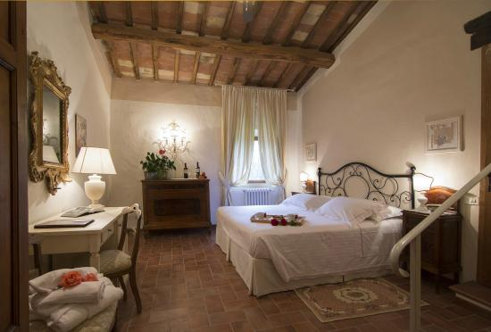 Hotel Belvedere Di San Leonino Photo