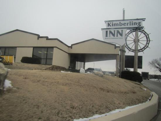 Table Rock Resorts at Kimberling: The inn's main office