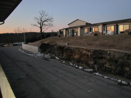Table Rock Resorts at Kimberling: Every room seems to have it's own private porch or balcony