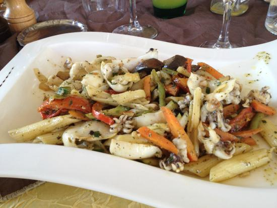 Hotel du Hameau : plat du menu bistrot