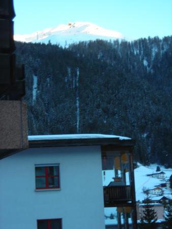 Club Hotel Davos: Ausicht Links - Jackobshorn Richtung