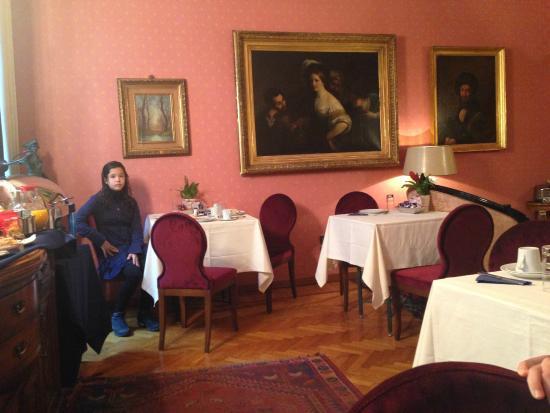 Residenza Frattina: Café da manhã