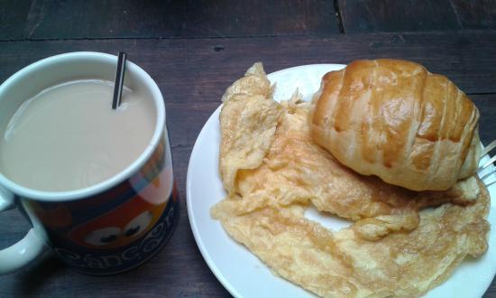 Hostal Colonial La Quinta: Buen desayuno