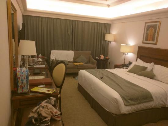 Al Gosaibi Hotel: Large room. Very good price