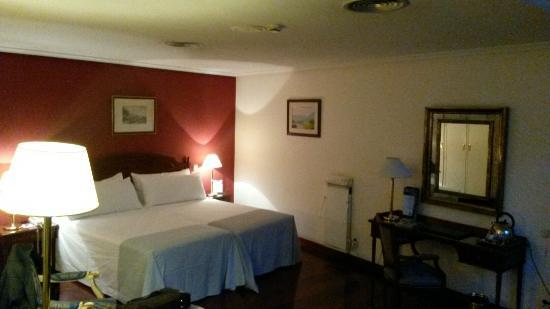 Gran Melia Palacio de Los Duques: Habitacion excelente!!!