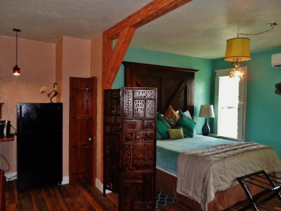 Riverwood Suites: Sunset Suite
