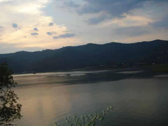 Hotel Rodavento: Lago valle de bravo